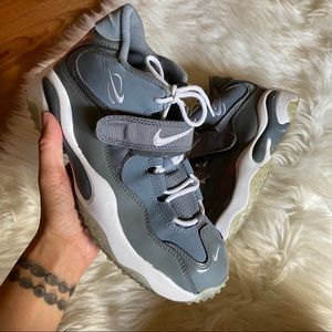 NIKE AIR ZOOM TURF COOL GREY GS SHOES